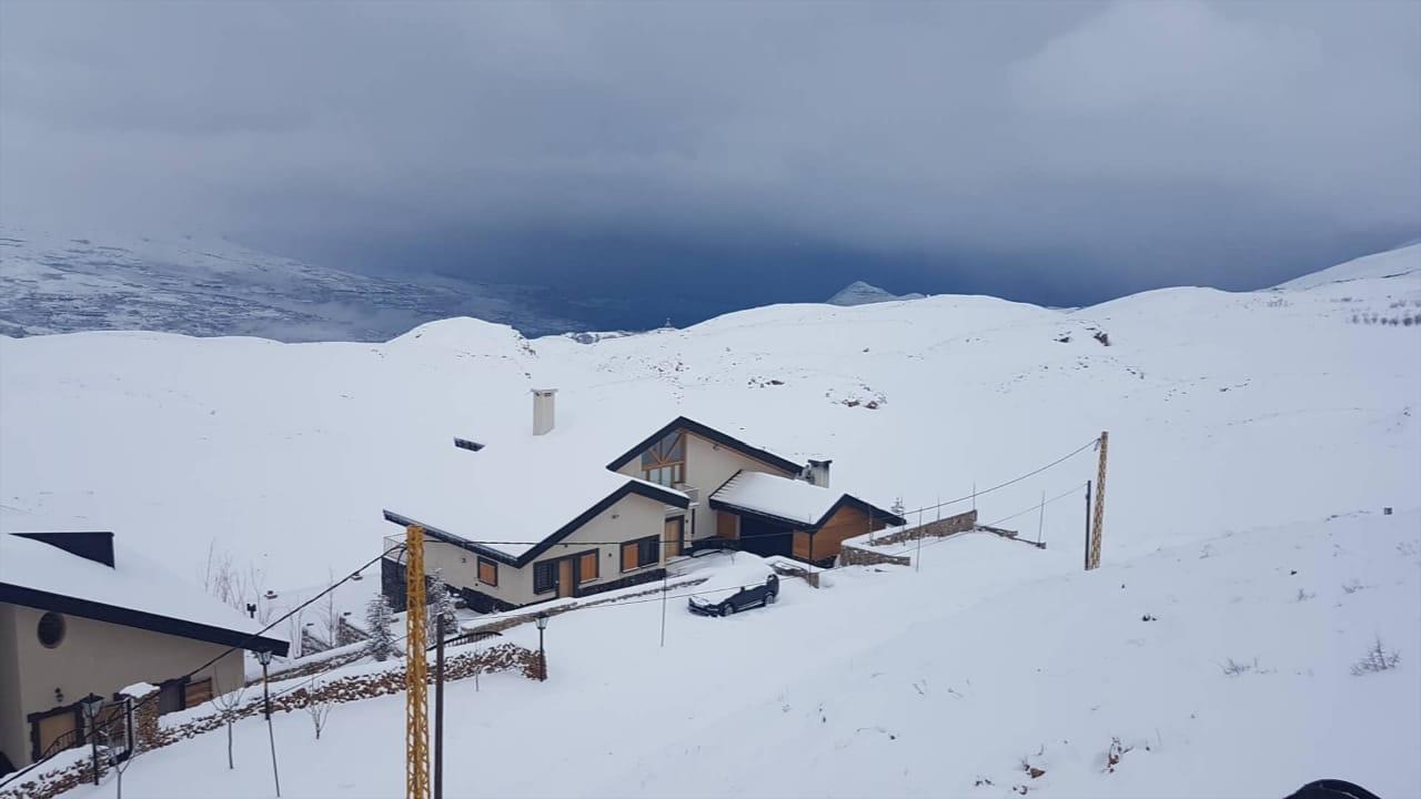Catena del Libano - Situazione neve attraverso le stagioni-23-aprile-2019-cell-and-013.jpg