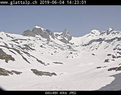 Glattalp-2019-06-04-208-cm-10-deg-chaud.jpg